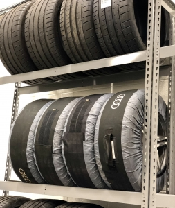 Summer Winter Tire Storage JACK Mobile Tire
